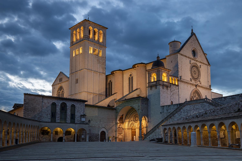 basilica-di-san-francesco-al-tramonto-art