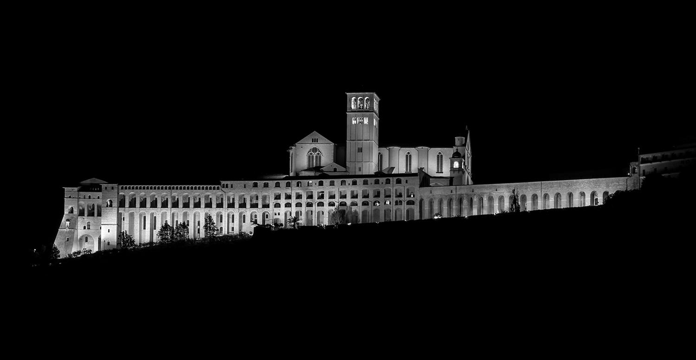 basilica-di-san-francesco-in-bianco-e-nero-002-art